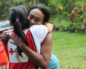 Red Cross volunteers help Hawaii residents after Hurricane Iselle