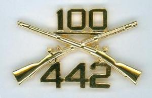 100th_bn_442nd_inf_reg_crossed_rifle_insignia