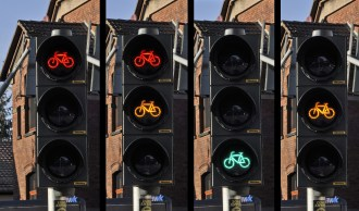 traffic-light-876043_1920