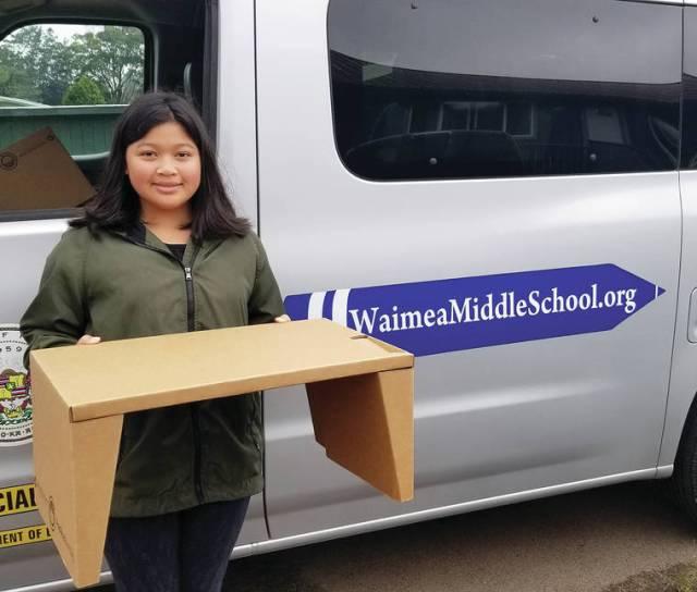 'Village' secures KeikiDesks for Waimea Middle students
