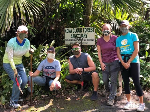Tropical Gardening: Volunteers help in Kona's cloud forest