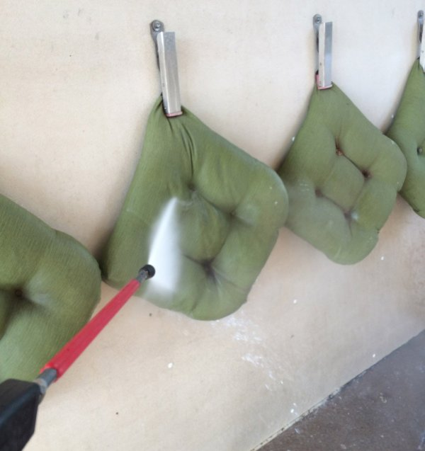 washing outdoor chair cushions at the carwash