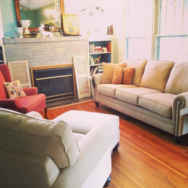 living room at hawk hill