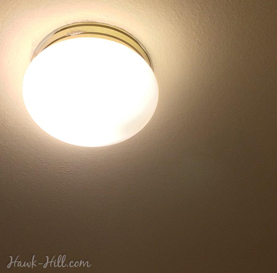 ugly light fixtures in rental housing