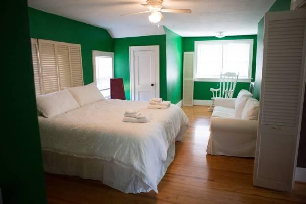 kelly green master bedroom