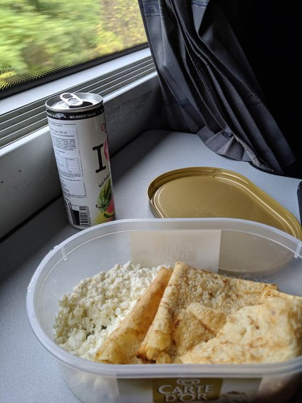 A train-friendly meal packed by my Airbnb host