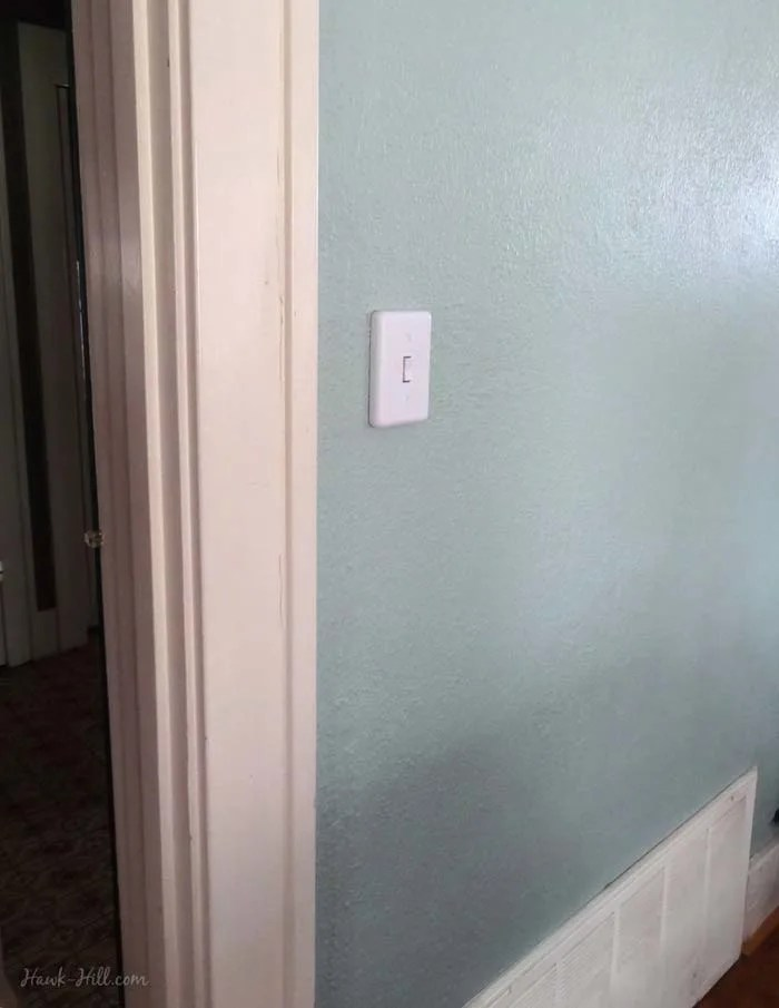 room without ceiling light wiring