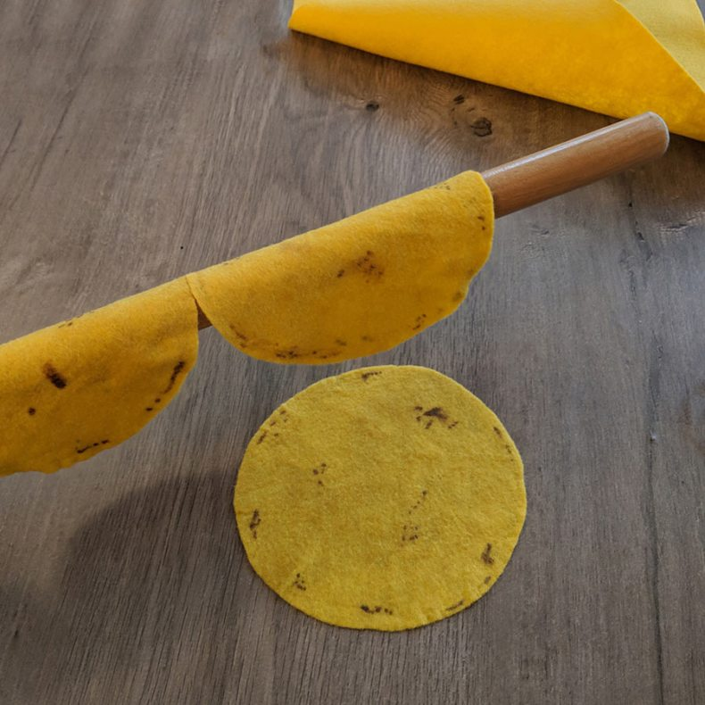 step by step tutorial for making realistic felt taco shells for play food