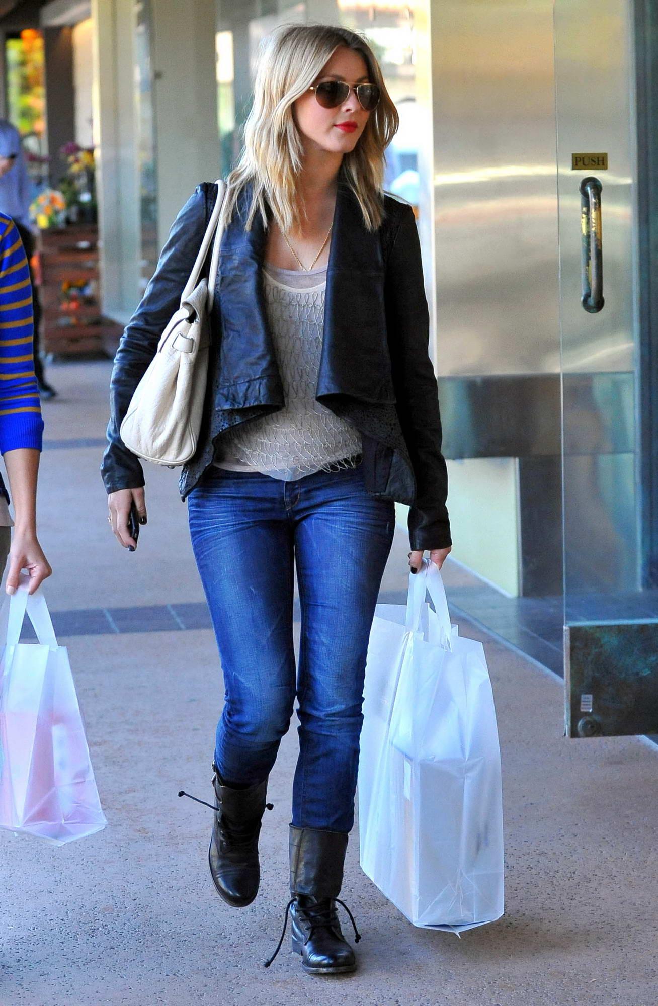 Julianne Hough Shopping Candids At Brentwood HawtCelebs
