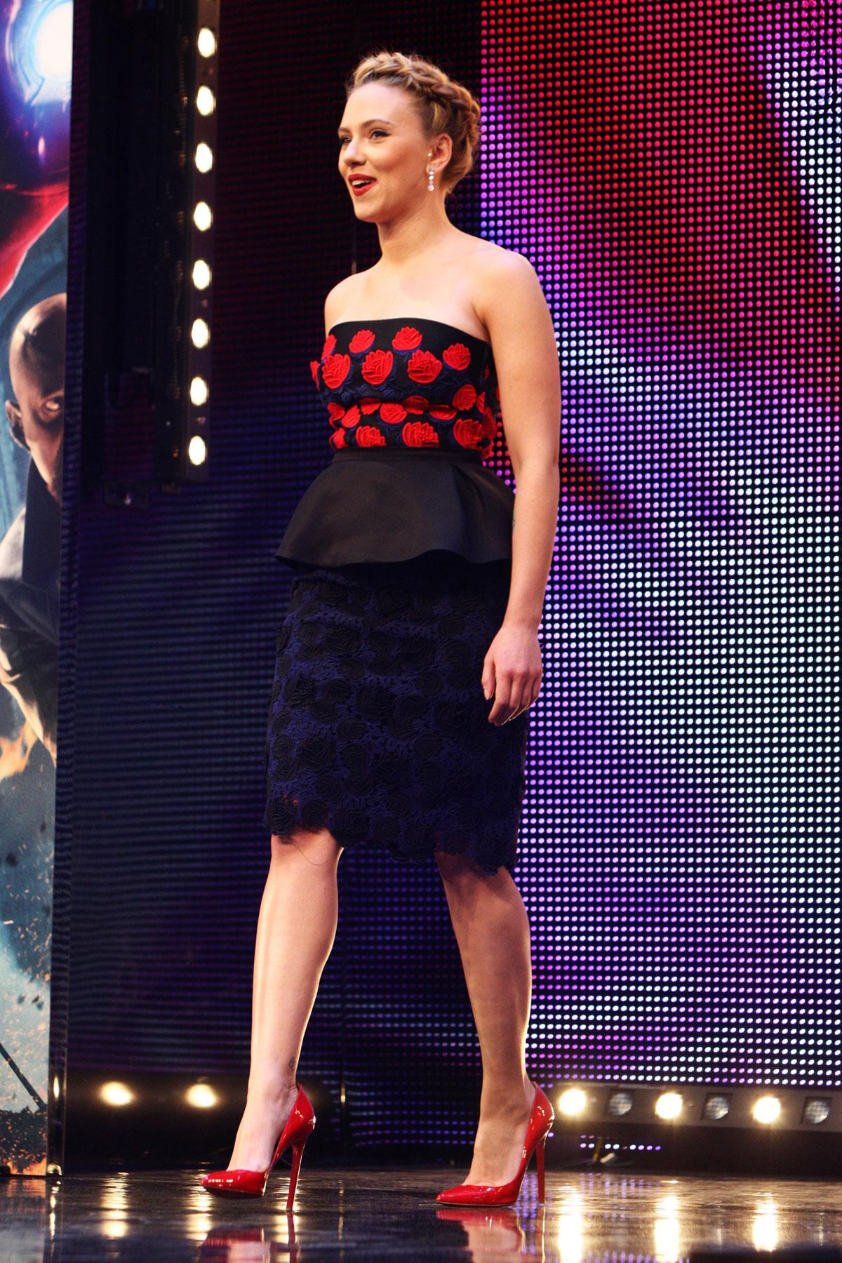 SCARLETT JOHANSSON At The Avengers Premiere In London