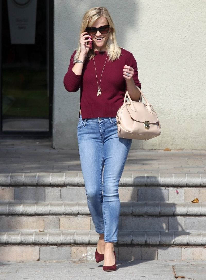 REESE WITHERSPOON In Skinny Jeans Out And About In Santa Monica HawtCelebs