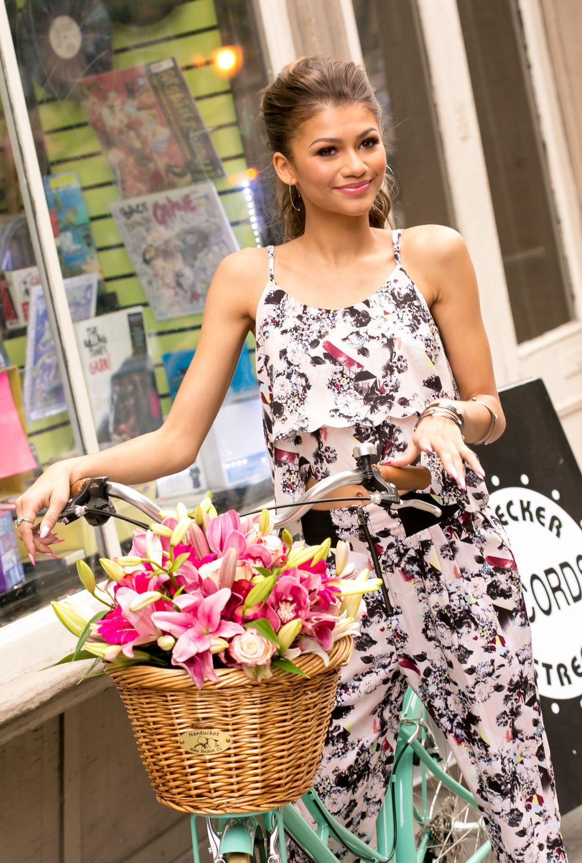 ZENDAYA COLEMAN Photoshoot For Material Girl 2015 Spring