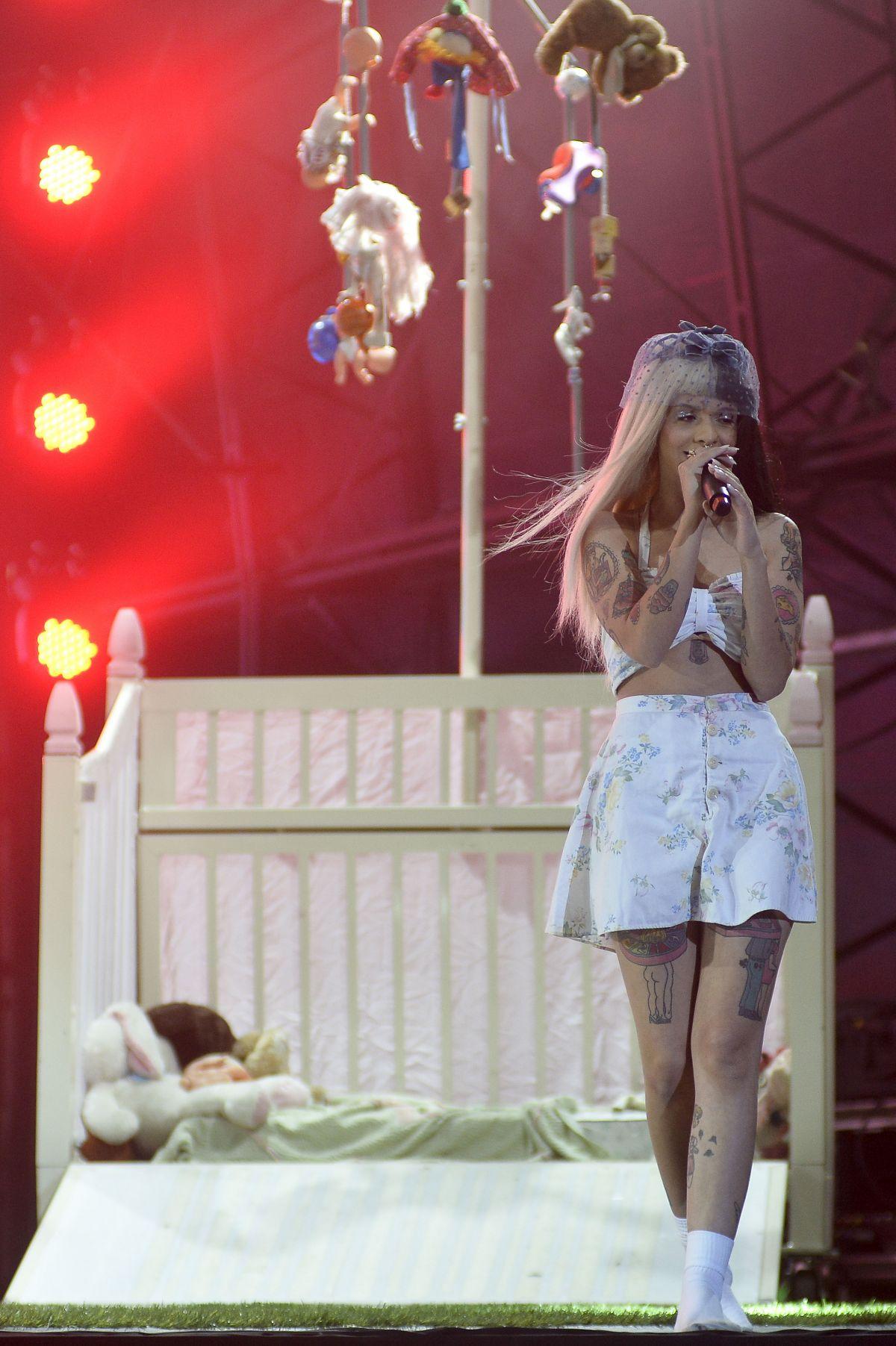 MELANIE MARTINEZ Performs At Lollapalooza Brazil Day 2 In