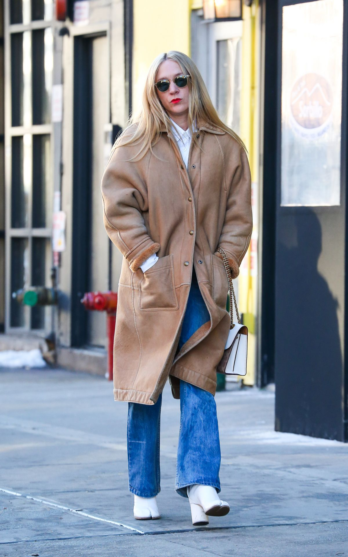 CHLOE SEVIGNY Out In New York 01102018 HawtCelebs
