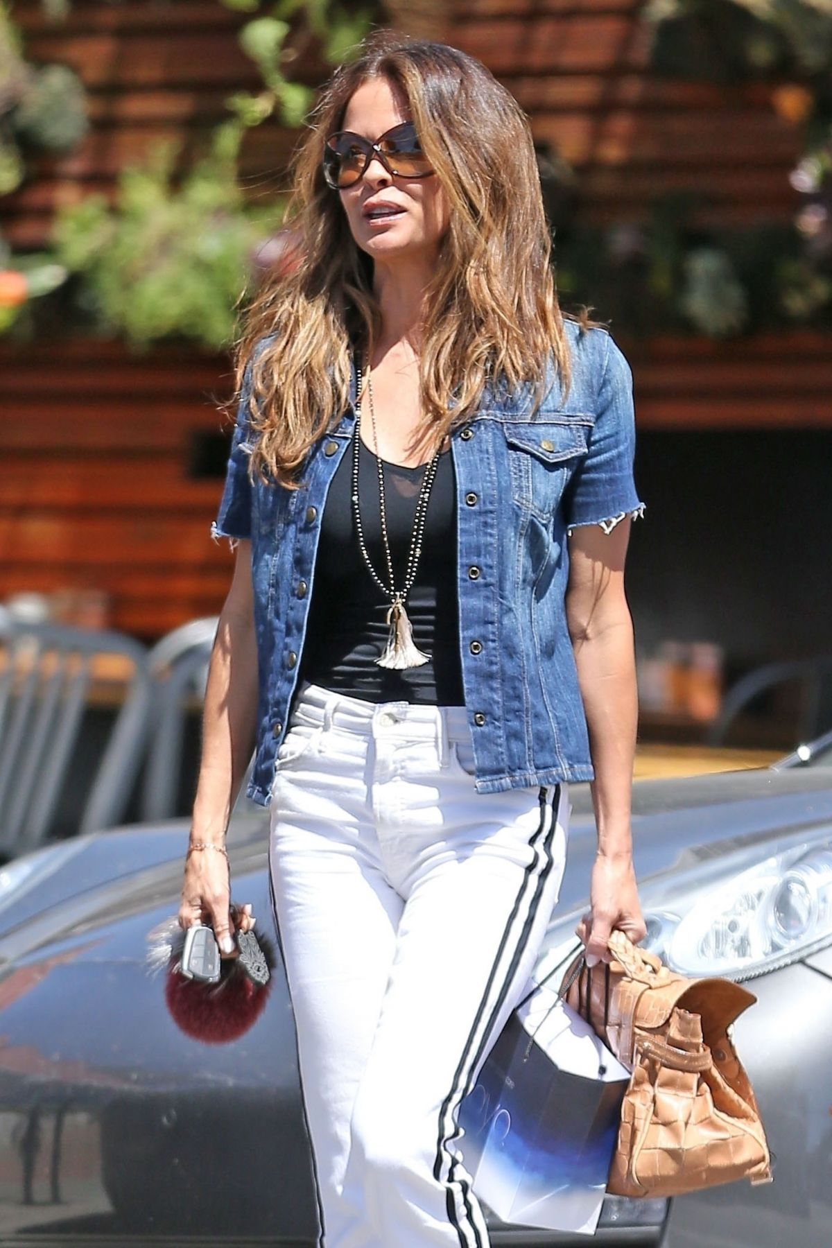 BROOKE BURKE Out And About In Santa Monica 04122018 HawtCelebs