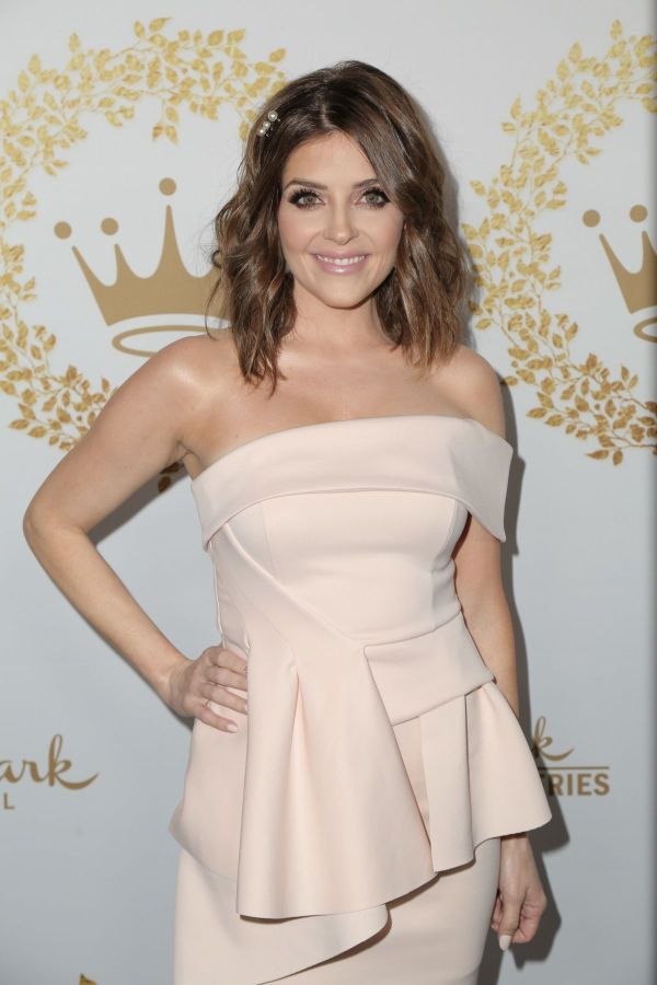 JEN LILLEY at 2019 Hallmark Channel Winter TCA Press Tour ...