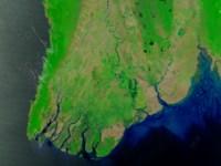 הלווין טרה, TERRA של נאסא צילם את חופיה של בורמה ב-15 באפריל 2008, שבועות ספורים לפני שהציקלון נארגיס הציף את האיזור. צילום: נאסא/MODIS