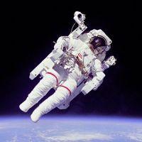 הליכת חלל במהלך משימת STS-7