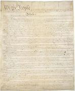 העמוד ראשון של העותק המקורי של החוקה האמריקאית