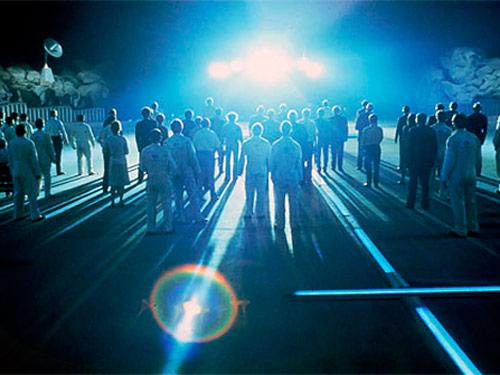 מתוך הסרט מפגשים מהסוג השלישי - רגע המפגש עם החייזרים צילום יחצ