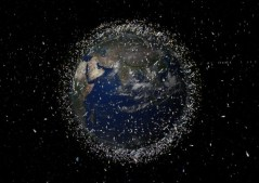 פסולת חלל במסלול נמוך סביב כדור הארץ. איור: סוכנות החלל האירופית ESA
