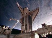 מעבורת החלל דיסקברי עוגנת בתחנת החלל בפעם האחרונה, פברואר 2011