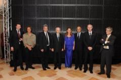 ראשי האוניברסיטה העברית, בכירי EPFL ונשיא המדינה שמעון פרס באירוע חתימת ההסכם בין שני המוסדות