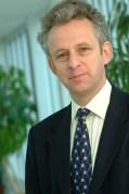 פרופסור סר ריצ'רד פרנד, אוניברסיטת קיימברידג'.