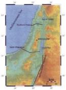 חלופות לתעלת הימים. מתוך אתר משרד החוץ הישראלי. לפי התכנון הנוכחי (2019) התעלה תעבור כולה בשטח ירדן, אך סמוך מאוד לגבול.