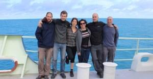 """חברי צוות המחקר, מימין: ד""""ר יואב ליאן, ד""""ר אסף ורדי, דניאלה שץ, שלומית שרוני, ד""""ר מיגל פרדה ואורי שיין"""