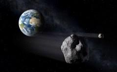 """אסטרואידים חולפים ליד כדור הארץ. איור: נאס""""א"""