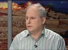 פרופ' דניאל רוזנפלד, צילום מסך מתוך תוכנית בערוץ TV7 , 19 בינואר 2014.