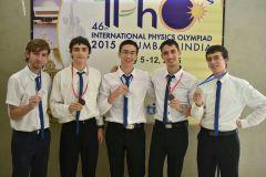 משלחת ישראל לאולימפיאדת הפיזיקה 2015. צילום: איתמר חסון