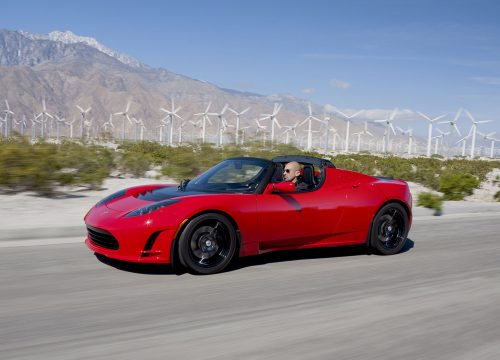 מכונית טסלה רודסטר, 2011. מקור: Tesla Motors , Wikimedia
