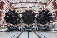 27 המנועים של המשגר פאלקון כבד. מקור: דף הטוויטר של אילון מאסק.