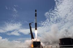 המראת המשגר אלקטרון לטיסת המבחן השנייה שלו, והראשונה בה נכנס למסלול סביב כדור הארץ. מקור: Rocket Lab.