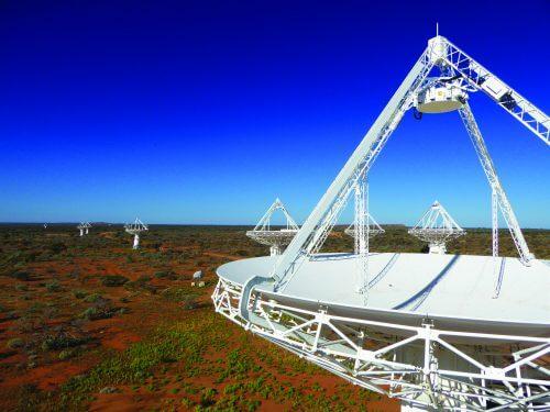 מערך הטלסקופים ASKAP במערב אוסטרליה. צילום: אד שינקל, CISRO