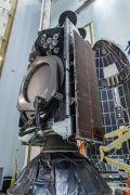 הלוויין עמוס 17 מותקן על גבי משגר פאלקון 9 של ספייס אקס, בתחנת חיל האוויר בכף קנוורל, המספקת שירותי שיגור לספייס אקס. צילום: חלל תקשורת