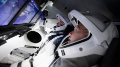 אימוני האסטרונאוטים לקראת שיגור החללית המאויישת הראשונה זה עשור, Crew Dragon. צילום: SpaceX