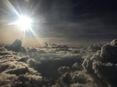 השמש. מתוך jumpstory