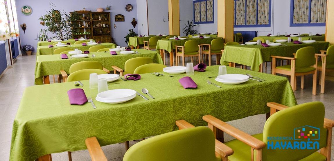 Residencia Hayardén. Salones amplios y confortables. Cocina propia con elaboración de menús personalizados.