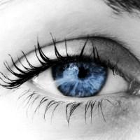 رعشة واهتزاز العين او الجفن الاسباب والعلاج