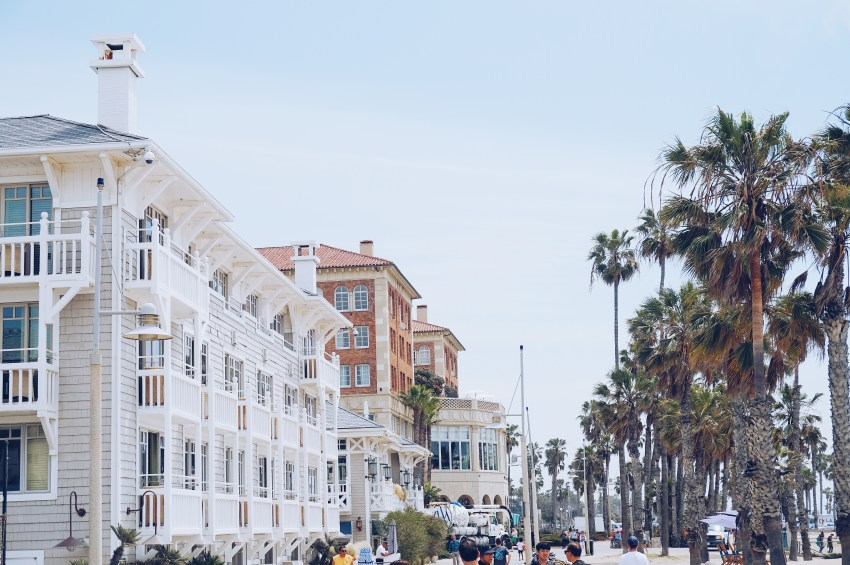 Things to do in LA: Walk from Santa Monica Pier to Venice