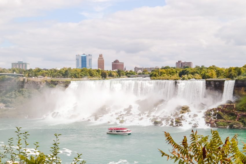 Add Niagara Falls to your Canada holiday itinerary