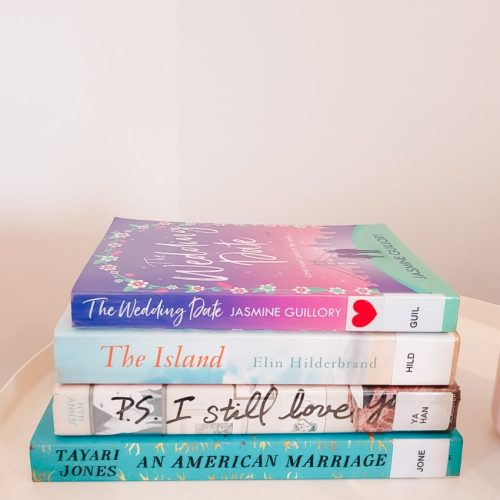 Hayley on Holiday - What I'm Reading
