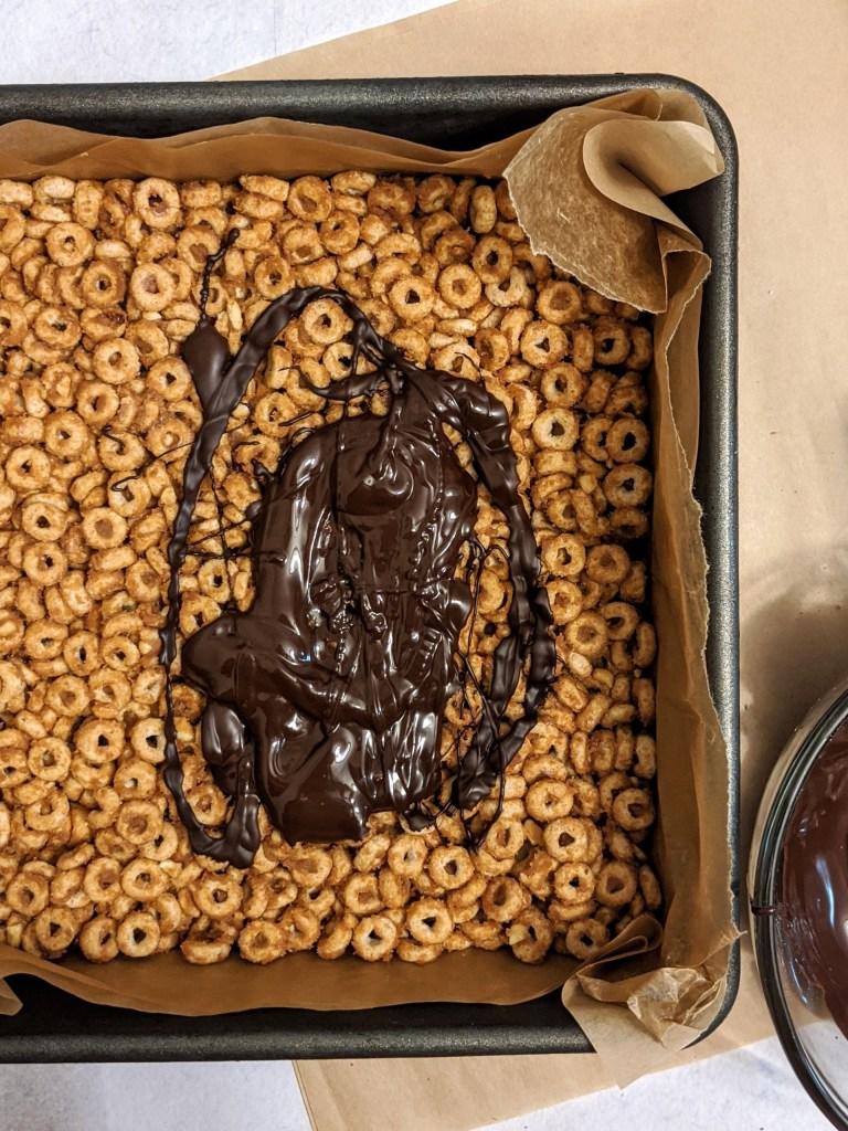 no bake crunchy chocolate peanut butter cheerio bars hayl s kitchen hayl s kitchen