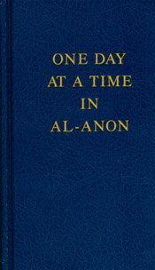 One Day at a Time in Al-Anon Large Print Hardcover