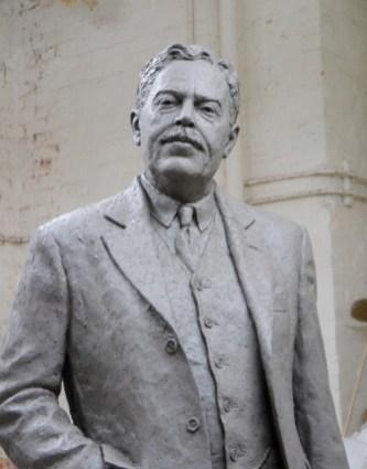 Gresley statue head and torso