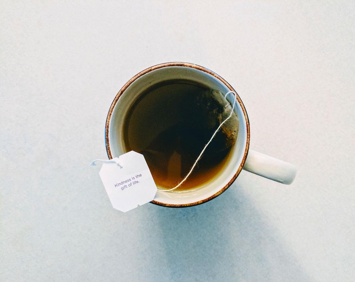 tazza tè verde bustina dall'alto