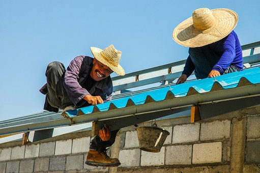 professional roofing contractor
